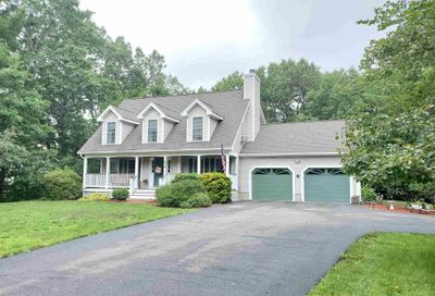 28 Harvest Road Chichester NH 03258