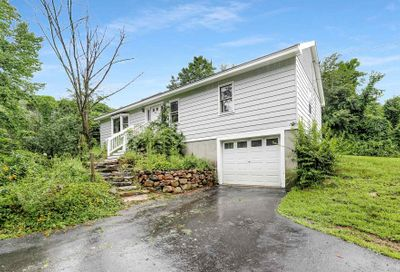 62 Old Amherst Road Mont Vernon NH 03057