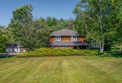 1826 STATE Road Eliot ME 03903