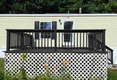 28 Imperial Drive Eliot ME 03903