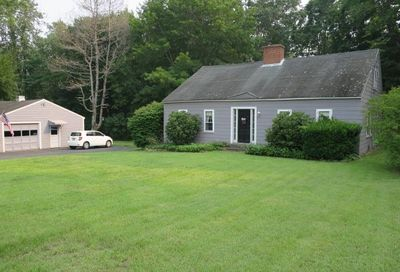 416  Middle Road Brentwood NH 03833