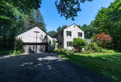12 Dudley Road Brentwood NH 03833