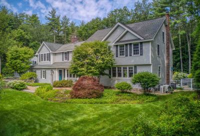 41 STRAWBERRY HILL Road Bedford NH 03110