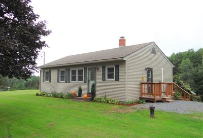 4 Cook Place Claremont NH 03743