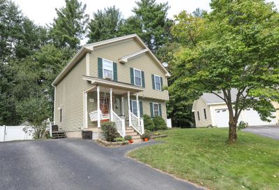 22 Bentwood Street Concord NH 03303