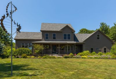 3 ROSS Road Rollinsford NH 03869