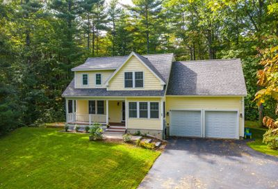 21 Carriage Hill Lane Dover NH 03820