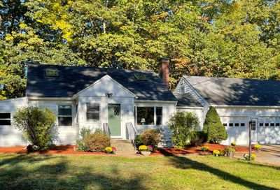 156 Exeter Road Newmarket NH 03857