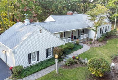 33 Pinecrest Drive Bedford NH 03110