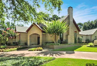 6806 Hollytree Circle Tyler TX 75703