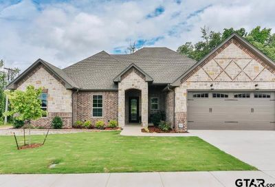 2516 Barton Creek Tyler TX 75703