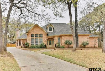 4117 Hollow Oak Circle Tyler TX 75707