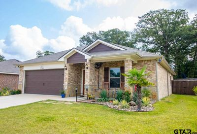 17380 Stacy Street Lindale TX 75771