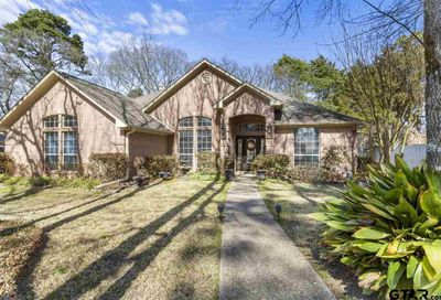 4118 Hollow Oak Circle Tyler TX 75707