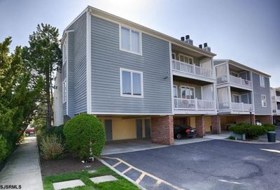 312 Harbour Cv Cv Somers Point NJ 08244