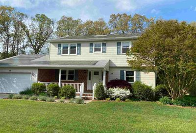 16 Meadow Dr Egg Harbor Township NJ 08234
