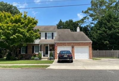 15 Holly Hills Dr Somers Point NJ 08244