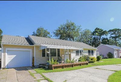 5 S Village Dr Somers Point NJ 08244