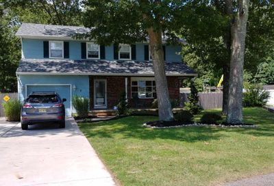 7 Strand Ct Absecon NJ 08201