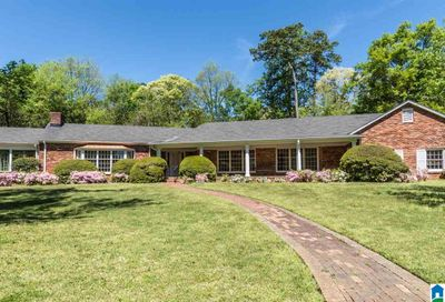 10 COUNTRY CLUB RD Mountain Brook AL 35213