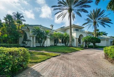 13631 Pondview Cir Naples FL 34119