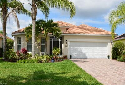 28562 Guinivere Way Bonita Springs FL 34135