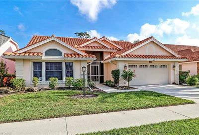 260 Countryside Dr Naples FL 34104