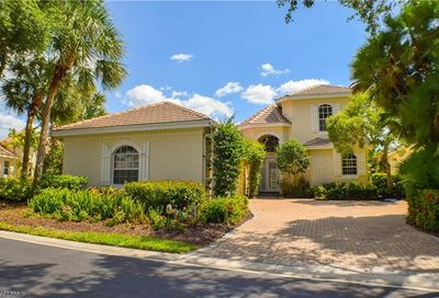 3695 Olde Cottage Ln Bonita Springs FL 34134
