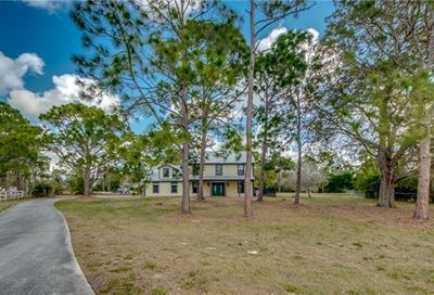 15981 Country Ct Fort Myers FL 33912