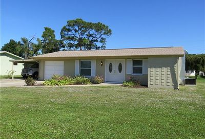 39 8th St Bonita Springs FL 34134