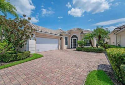 28053 Eagle Ray Ct Bonita Springs FL 34135