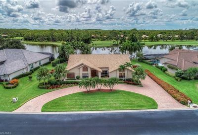 12186 Water Oak Dr Estero FL 33928