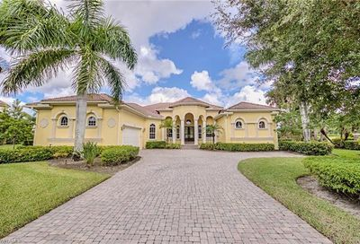 12780 Mossy Bend Cir Fort Myers FL 33905