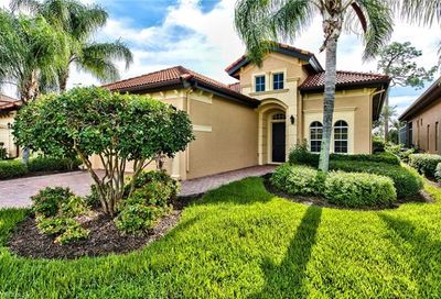 7856 Valencia Ct Naples FL 34113