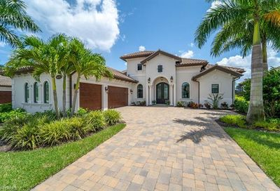 6673 Costa Cir S Naples FL 34113