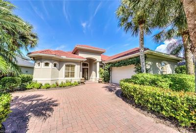 15258 Burnaby Dr Naples FL 34110
