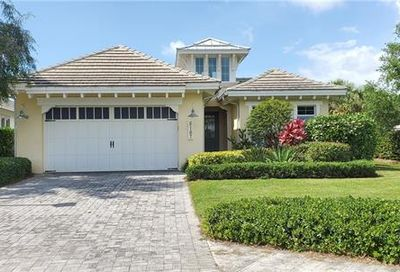 5167 Andros Dr Naples FL 34113