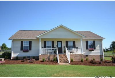 593 Co Rd 695 Holly Pond AL 35083