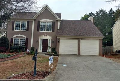 10880 Glenbarr Drive Johns Creek GA 30097