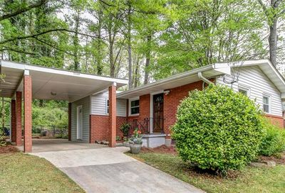2430 Hunting Valley Drive Decatur GA 30033