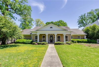 250 Little John Trail NE Atlanta GA 30309