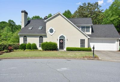 185 Sweetwater Trace Roswell GA 30076