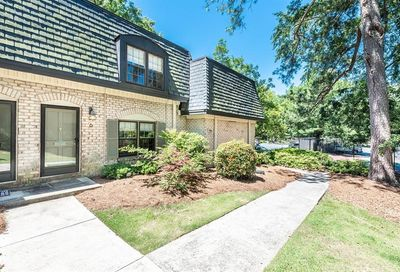 6 Chaumont Square NW Atlanta GA 30327