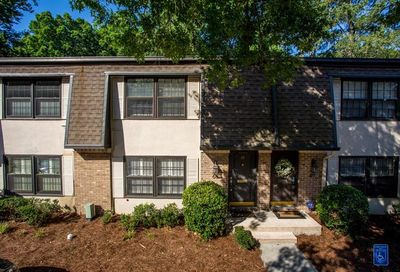 68 Monet Court NW Atlanta GA 30327