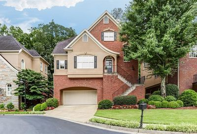 1016 Fairway Estates NE Brookhaven GA 30319