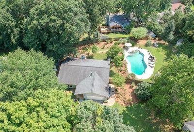 6 Parkmont Trace Roswell GA 30076