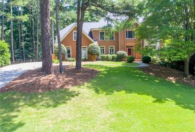 9410 Mistwater Close Roswell GA 30076