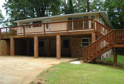 1633 Seayes Road SW Mableton GA 30126