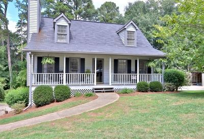 135 Thompson Place Roswell GA 30075