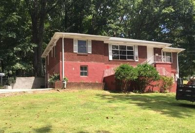 2564 Riggs Drive East Point GA 30344